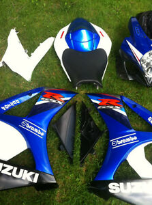 SUZUKI GSXR1000 07-08 COMPLETE SET OF BODY WORK W THE FUEL TANK Windsor Region Ontario image 1