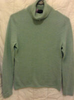 INCREDIBLY SOFT 100% PURE CASHMERE SWEETER ONLY 50.00!!!