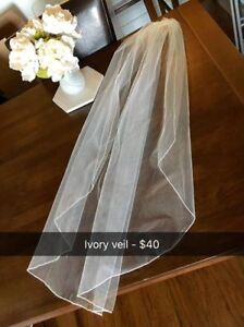 Beautiful Ivory Veil, Fantastic Condition