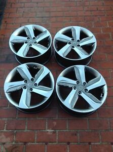 Veloster rim genuine Hyundai 18 and inches almost new Parkwood Gold Coast City Preview