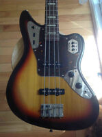 FENDER JAGUAR BASS DLX MIJ ECHANGE POSSIBLE