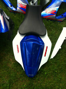 SUZUKI GSXR1000 07-08 COMPLETE SET OF BODY WORK W THE FUEL TANK Windsor Region Ontario image 5
