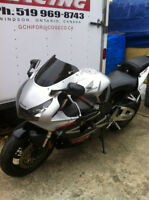 CBR954RR 02-03 HONDA I AM PARTING OUT THE COMPLETE BIKE