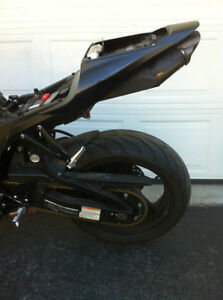PARTING OUT A 2008 HONDA CBR600RR WITH  2000 MILES Windsor Region Ontario image 6