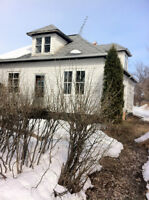 house in Kamsack,SK,A handyman's special