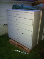 Armoire - coffre / drawer cabinet