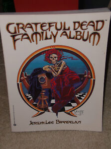 THE GRATEFUL DEAD (COMICS,PUZZLE,CALENDAR JOURNAL) Kitchener / Waterloo Kitchener Area image 1