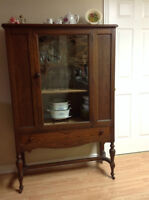 Beautiful Older Buffet/Hutch/Display Cabinet