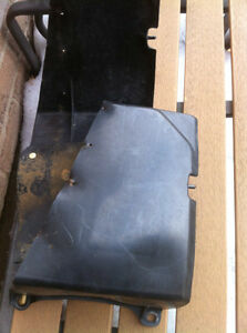 HONDA TRX250R FOURTRAX RADIATOR SHROUD & RUBBER MUD GUARD Windsor Region Ontario image 8