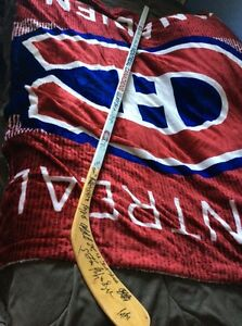 2008-2009 Montreal Canadiens team signed souvenir stick