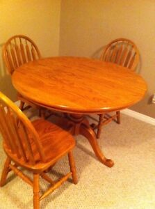 Solid oak dining set  Strathcona County Edmonton Area image 4