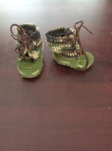 Baby knitted booties size 3-9 months