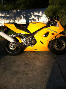 BUYING USED OR DAMAGED SPORT BIKES CASH ON THE SPOT