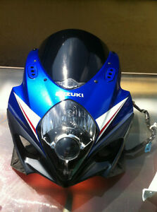 SUZUKI GSXR1000 07-08 COMPLETE SET OF BODY WORK W THE FUEL TANK Windsor Region Ontario image 8