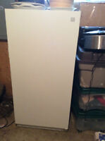 Kenmore 14 ft Upright freezer