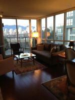 Gorgeous, Upscale, 1BR + Den By Granville Isand /South Granville