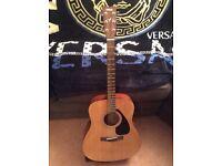 Acoustic Guitar Yamaha F310