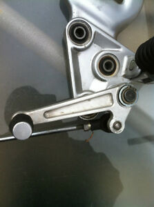 99-07 HYABUSA GSX1300R FRONT FOOT PEGS AND BRACKETS COMPLETE Windsor Region Ontario image 8