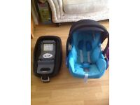 Maxi Cosi Car Seat and Family Fix Base worth £320