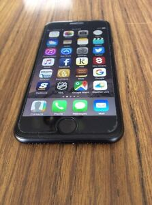 Black 32 GB iPhone 7 with Rogers
