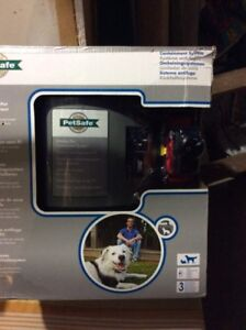 PETSAFE dog containment system/ wireless dog fence BRAND NEW