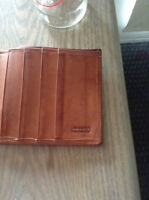 Leather coach wallet / Porte-carte en cuir marque coach
