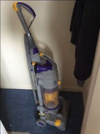 DYSON VACUUM IN VERY GOOD CONDITION- COLLECTION ONLY