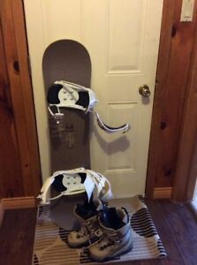 Mini Rossignol. Snowboard with binders and boots