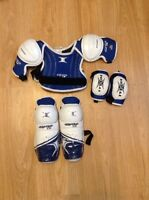 Junior hockey equipment sets
