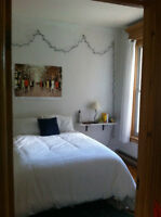 Unfurnished bedroom in the beautiful Mile End until July 1st!!!