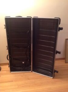 SKB Ata hard golf case stand with wheels black Edmonton Edmonton Area image 2