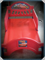 """As New Condition! Toddler Boys Disney """"Cars"""" Bed - Unused!"""