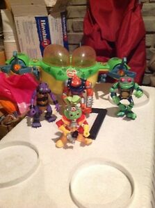 Bucky o'hare figures from the 90's London Ontario image 1