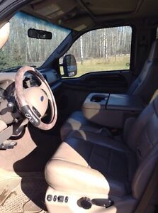 Ford Super Duty F350 V8 Fully loaded Lariat leather and 4X4 Strathcona County Edmonton Area image 7