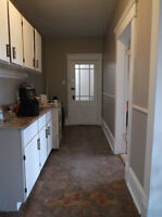 One Bedroom - $580 inc., H/L/ & H/W - ASK FOR JUNE RENT DISCOUNT