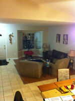 Fanshawe Student House – All Inclusive – AVAILABLE NOW