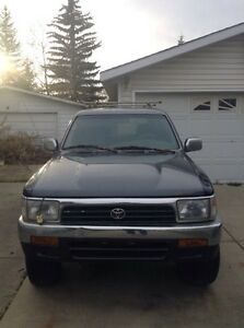 1993 Toyota 4 Runner - 4 cylinder manual