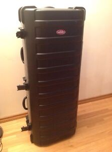 SKB Ata hard golf case stand with wheels black Edmonton Edmonton Area image 1