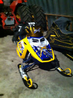 2007 Ski-Doo Summit 800 XRS OBO with avvy pack, beacon and probe