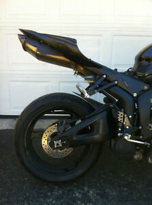 PARTING OUT A 2008 HONDA CBR600RR WITH  2000 MILES Windsor Region Ontario image 3
