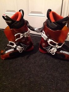 Ski boots used only a few times