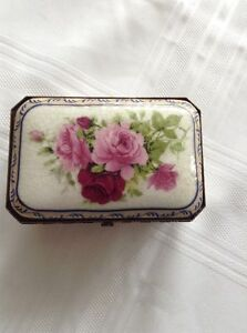 Porcelain jewellery box - Adeline Collection