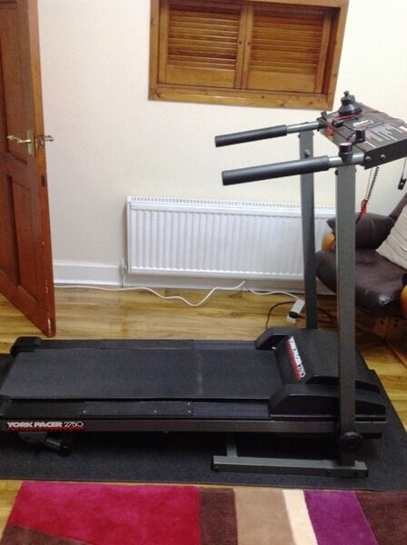 york pacer 2750. foldaway treadmill york pacer 2750 for sale k