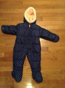 Brand new Toddler girl snowsuit/ bunting suit London Ontario image 1