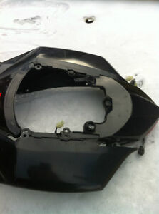 GSXR750 SUZUKI 08-10 TAIL SECTION WITH TAIL LIGHT & SIGNAL Windsor Region Ontario image 4