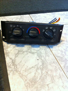 GMC Chevrolet Climate Control Heater A/C interior panel