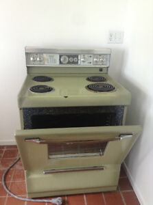 2 stoves