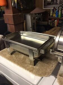 Food trays/warmers fuel canisters $100 Cornwall Ontario image 2