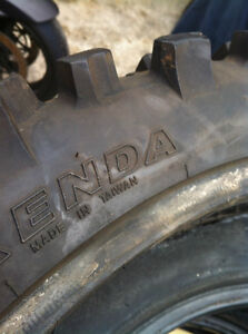 DIRT BIKE TIRE 120/90-19 66M KENDA CARLSBAD K772 VERY GOOD COND Windsor Region Ontario image 5