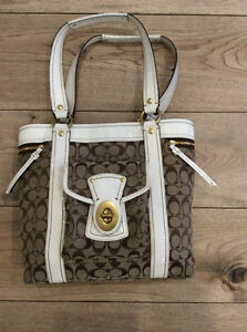 Coach Purse. Authentic. Purchased From Coach in Hawaii